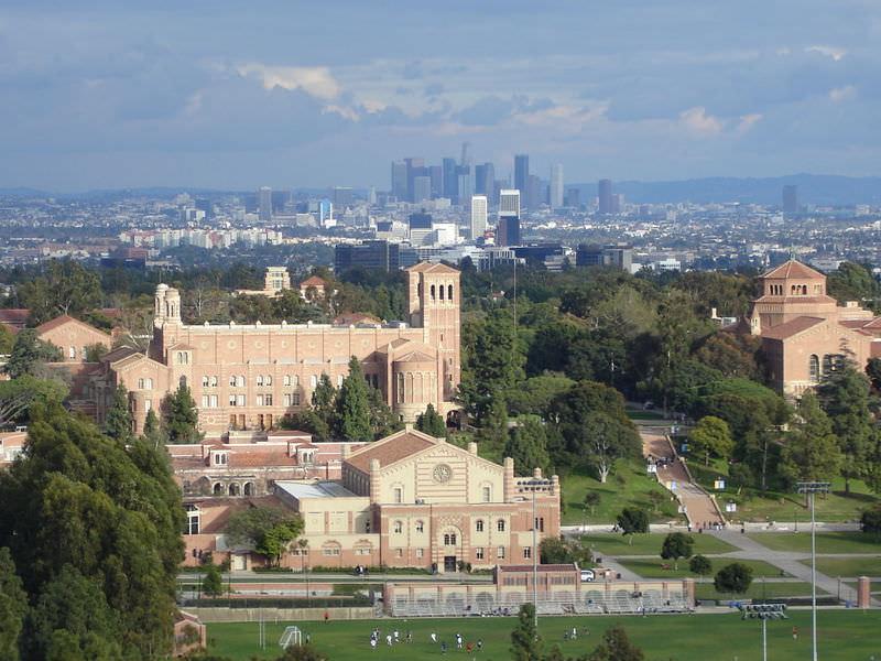 MCM, estudiar en el extranjero. Campus de UCLA