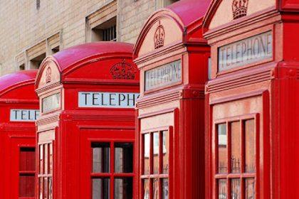 MCM, estudiar en el extranjero. Teléfono